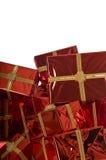 Mucchio dei regali di Natale su priorità bassa bianca Fotografia Stock Libera da Diritti