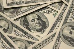 Mucchio dei soldi $100 fatture del dollaro Immagini Stock