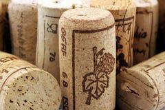 Mucchio dei sugheri del vino Fotografia Stock