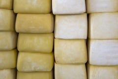 Mucchio del formaggio del Perù sul mercato del formaggio di Cusco Fotografia Stock Libera da Diritti