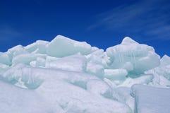 Mucchio del ghiaccio fotografie stock libere da diritti