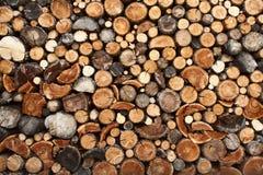Mucchio del legno tagliato del fuoco Fotografie Stock