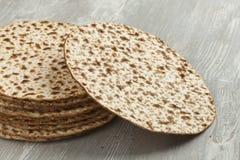 Mucchio del matzah fresco Immagini Stock