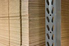 Mucchio del primo piano impaccante di carboard Fotografia Stock