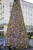Mucchio dell'albero di Natale di legno nella città di Budapest Immagini Stock Libere da Diritti
