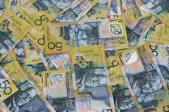 Mucchio dell'australiano cinquanta note del dollaro Fotografie Stock Libere da Diritti