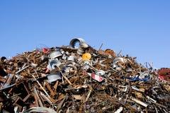 Mucchio della ferraglia immagazzinato per riciclare Immagine Stock