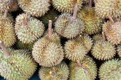 Mucchio della priorità bassa del durian Fotografia Stock Libera da Diritti