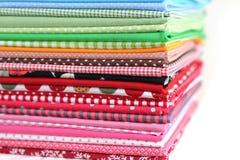 Mucchio della priorità bassa variopinta della tessile di cotone Immagine Stock Libera da Diritti