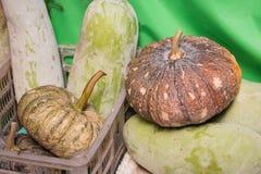 Mucchio della zucca per la cottura al mercato degli agricoltori in Tailandia Fotografie Stock