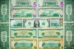 mucchio delle banconote in dollari dell'americano cento dei soldi di varie valute Immagine Stock Libera da Diritti