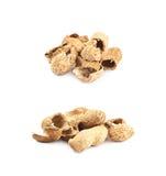 Mucchio delle coperture dell'arachide isolate Immagini Stock
