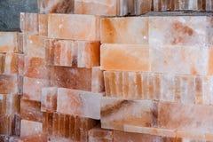 Mucchio delle mattonelle del salgemma Fotografia Stock