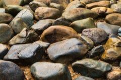 Mucchio delle pietre del fiume, gruppo di roccia Fotografie Stock