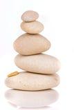 Mucchio delle pietre isolate su priorità bassa bianca Immagini Stock Libere da Diritti
