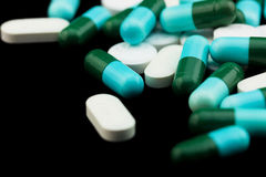 Mucchio delle pillole e delle compresse Immagine Stock
