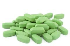 Mucchio delle pillole verdi Fotografia Stock Libera da Diritti