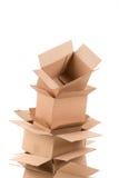 Mucchio delle scatole di cartone aperte Immagini Stock