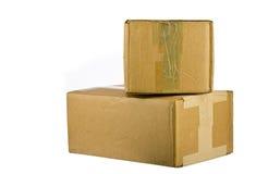 Mucchio delle scatole di cartone chiuse su bianco Immagini Stock Libere da Diritti
