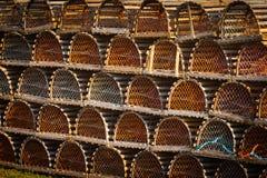 Mucchio delle trappole dell'aragosta fotografia stock libera da diritti