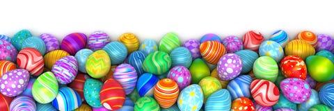 Mucchio di birght e delle uova di Pasqua variopinte Fotografia Stock