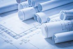 Mucchio di costruzione dei disegni di costruzione di ingegneria Fotografia Stock