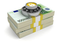 Mucchio di euro protezione (percorso di ritaglio incluso) Immagini Stock
