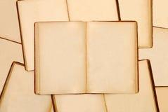 Mucchio di vecchi libri Immagini Stock Libere da Diritti