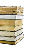 Mucchio di vecchi libri isolati su bianco Immagini Stock Libere da Diritti
