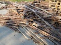 Mucchio di vecchio legno Fotografia Stock Libera da Diritti