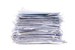 Mucchio impilato sudicio di lavoro di ufficio Fotografie Stock Libere da Diritti