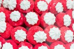 Mucchio rosso delle fragole della caramella gommosa e molle della caramella Fotografie Stock