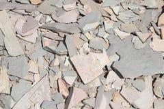 Mucchio rotto della roccia scistosa della pietra naturale Fotografia Stock Libera da Diritti