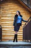 Muchacha adolescente al aire libre en invierno Imágenes de archivo libres de regalías