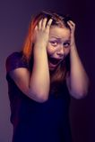 Muchacha adolescente asustada Foto de archivo