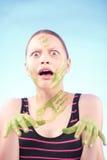 Muchacha adolescente asustada Imagenes de archivo