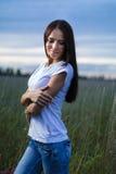 Muchacha adolescente atractiva al aire libre Fotografía de archivo libre de regalías