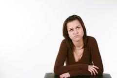 Muchacha adolescente bastante confusa imagen de archivo