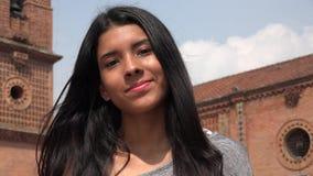 Muchacha adolescente bastante sonriente Fotos de archivo libres de regalías