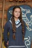 Muchacha adolescente con dos trenzas Fotografía de archivo libre de regalías