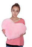 Muchacha adolescente con el corazón del rosa de la tarjeta del día de San Valentín Fotografía de archivo libre de regalías