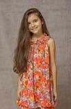 Muchacha adolescente con el pelo flojo Imagenes de archivo