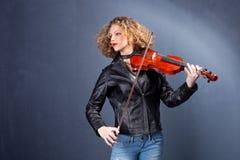 Muchacha con el violín Fotografía de archivo