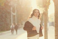 Muchacha adolescente con estilo Foto de archivo libre de regalías