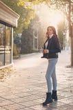 Muchacha adolescente con estilo Imagen de archivo libre de regalías