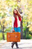 Muchacha adolescente con la maleta Fotografía de archivo