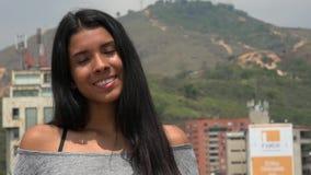 Muchacha adolescente con los ojos cerrados Fotos de archivo libres de regalías