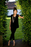 Muchacha adolescente de la manera en parque fotografía de archivo