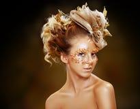 Muchacha adolescente de la moda del oro Imagenes de archivo