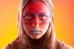 Muchacha adolescente de moda hermosa con maquillaje Imagen de archivo